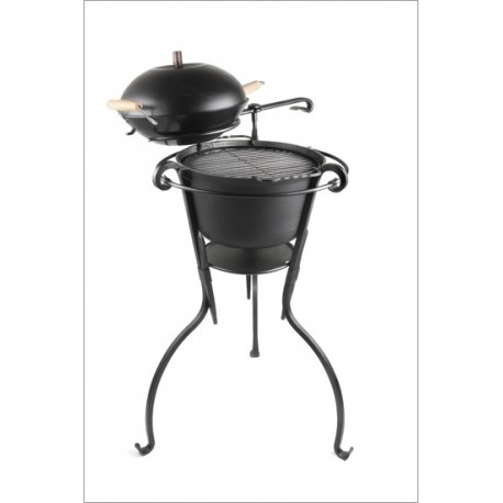 Grill Kalev with wok-pan